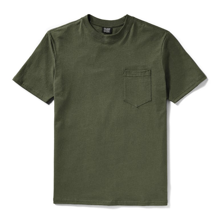 Discover the Filson Outfitter Solid Pocket T-Shirt in Otter Green. A medium-weight cotton jersey T-shirt made in the USA, with a ribbed crew neck and righthand chest pocket.