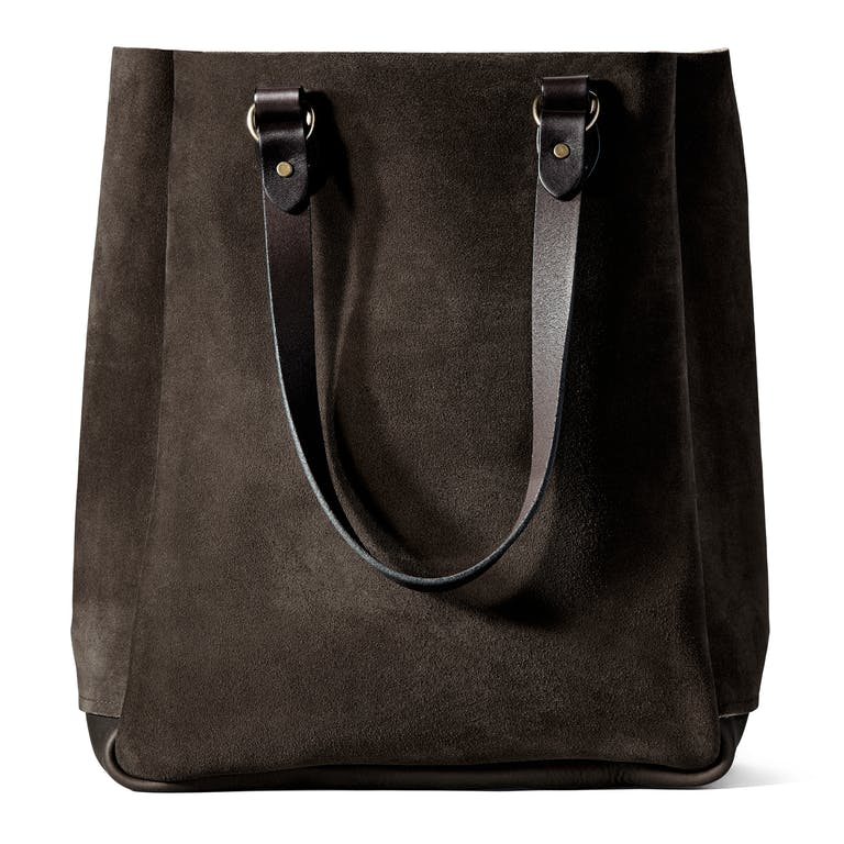 Discover the Filson Rugged Suede Tote Bag. A dependable tote made with boot-grade Rugged Suede that's tanned in Chicago.
