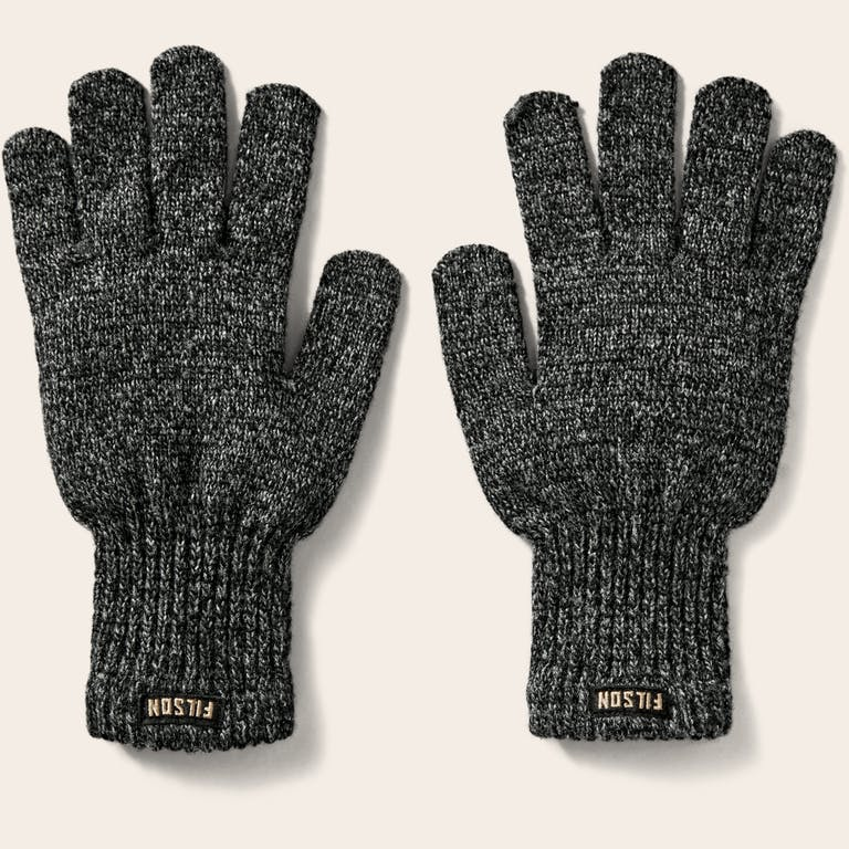 Discover the Filson Full Finger Knit Gloves. Ragg-wool gloves that insulate when wet or dry.