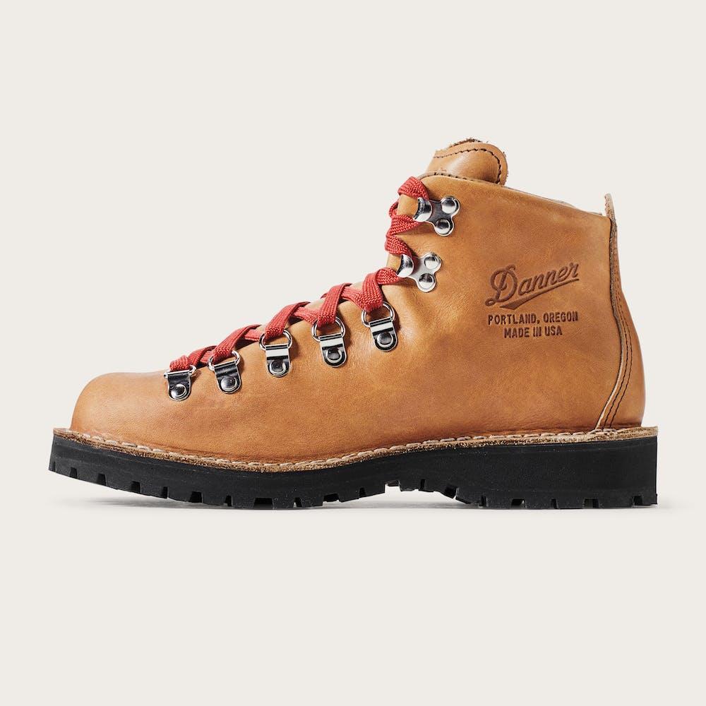 bf93754dbb6 Danner Women s Mountain Light Cascade Boots